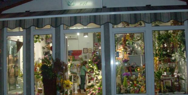 Cvećara Cvetni vrt (Cvetni raj), umetničkim kreacijama vodi nas u svet mašte i prirode